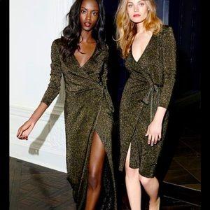 DVF black gold metallic knit 🧶 wrap dress NWT S
